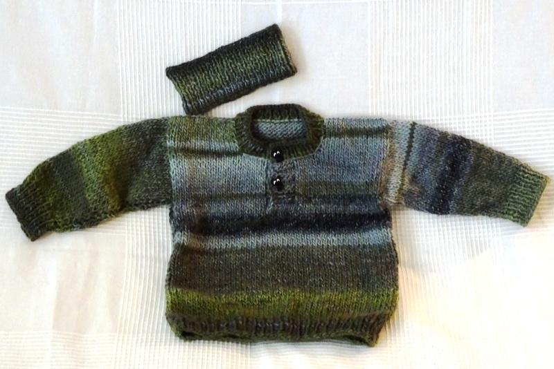 Cardigan Two - green - 45 EUR