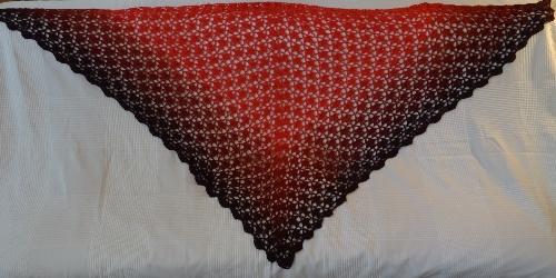Scarf Three - red gradient - 30 EUR